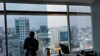 Dán kính chống nắng chung cư